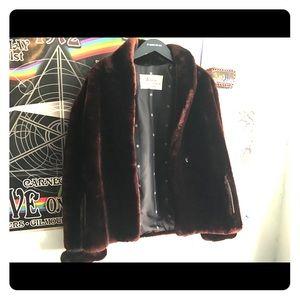 Max Azen Faux Fur Coat !!!! Perfect for winter .